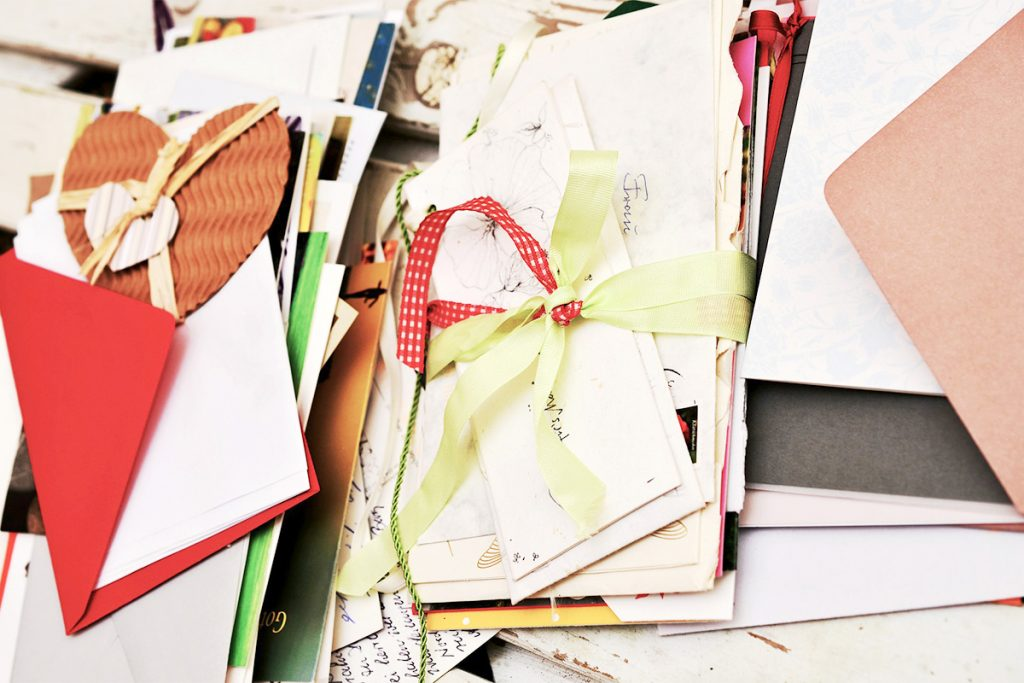手紙をきれいに収納するコツ